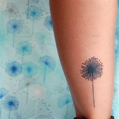 dandelion tattoo placement 17 beste idee 235 n over paardenbloem tatoeages op pinterest