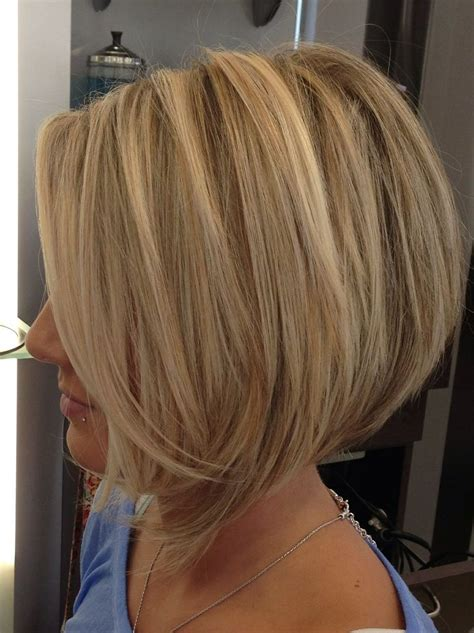 Angled Bob Hairstyles by Layered Angled Bob Hairstyles Www Pixshark Images