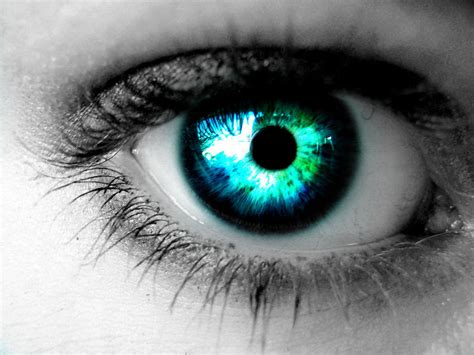 blue green blue green eye by cheshireelims on deviantart