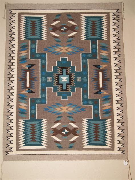 navajo rug loom best 25 navajo weaving ideas on weaving techniques weaving loom diy and loom weaving