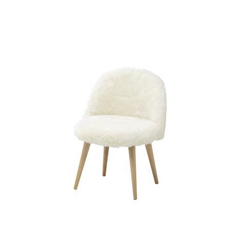 chaise enfant vintage chaise vintage enfant en fausse fourrure ivoire mauricette