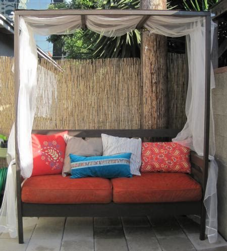 outside bed 10 simple diy outdoor beds shelterness