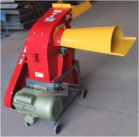 Mesin Pencacah Rumput Agrowindo mesin kombinasi chopper dan penepung biji hmcp20