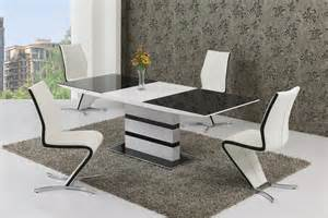 White Extendable Dining Table And Chairs Small Glass White High Gloss Extendable Dining Table And 4
