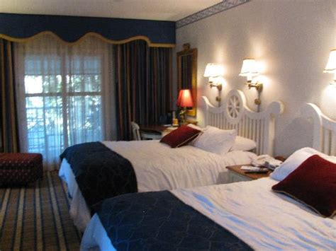 Disney Yacht Club Rooms by Room Picture Of Disney S Yacht Club Resort Orlando
