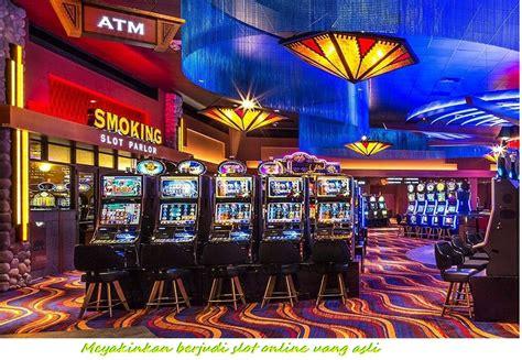 meyakinkan berjudi slot  uang asli   deposit  ribu