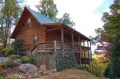 2 bedroom cabins in pigeon forge tn awesome view 2 bedroom vacation cabin rental in pigeon