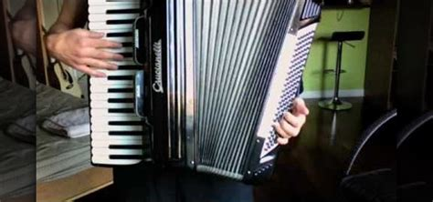 how to play quot nantes quot by beirut on the accordion 171 accordion