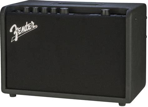 Li Gitar Fender Chion 40 fender mustang gt 40 elektro gitar amfisi