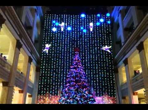 macy s philadelphia light macy s lights display in philadelphia
