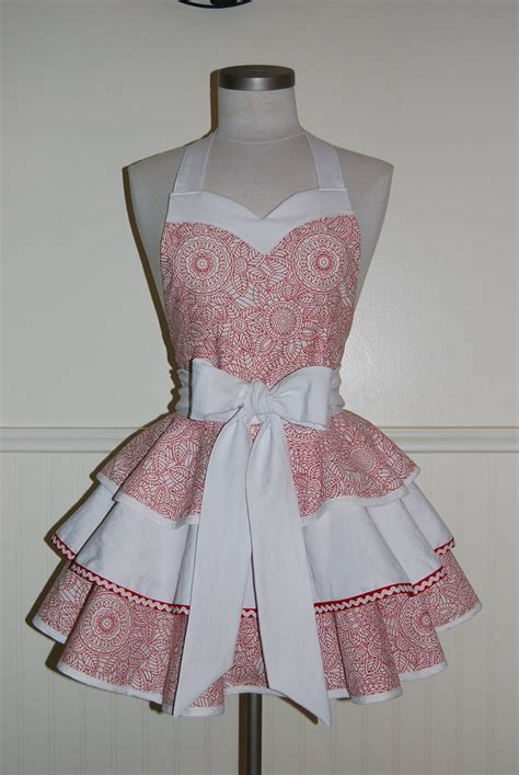 apron pattern sweetheart neckline red and white 3 tier circle skirt full apron with