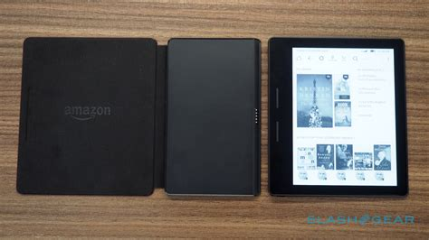 amazon oasis amazon s new kindle oasis is insanely thin and painfully