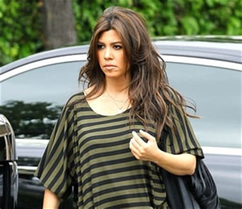 hair color and pregnancy kourtney defends decision to dye hair while