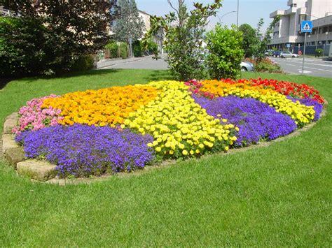 fiori per aiuola a trani v edizione quot villa in fiore quot dal 9 al 15 giugno