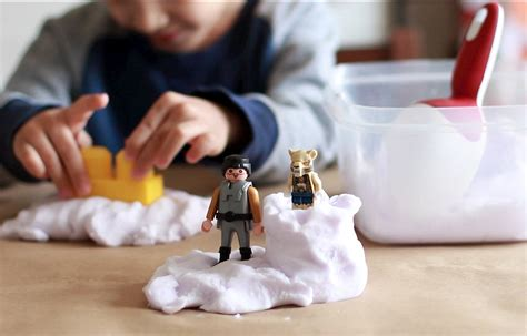 crafts to make for parents diy kinetic sand crafts for pbs parents