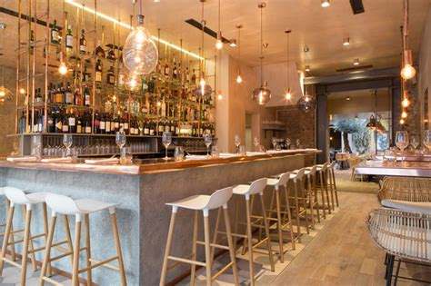 restaurant impresses with lots of copper