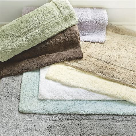 Sink Bath Rug by Ballard Designs Ballard Signature Bath Rug Ivory Small