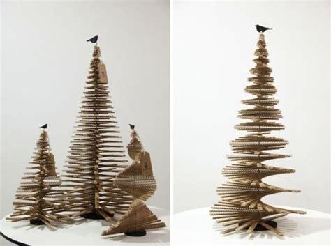 christmas treed with a difference como fazer uma 225 rvore de natal de caixa de papel 227 o artesanato passo a passo