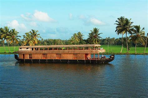 ernakulam boat house kerala backwaters tour affordable backwater tour kerala