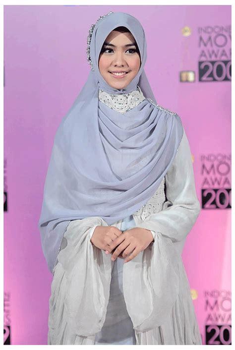 Set Rina Glw Setelan Kebaya Muslim Set Baju Batik Wanita model baju akad nikah yang simpel 25 model kebaya simpel paling uptodate 2018 contoh baju 24
