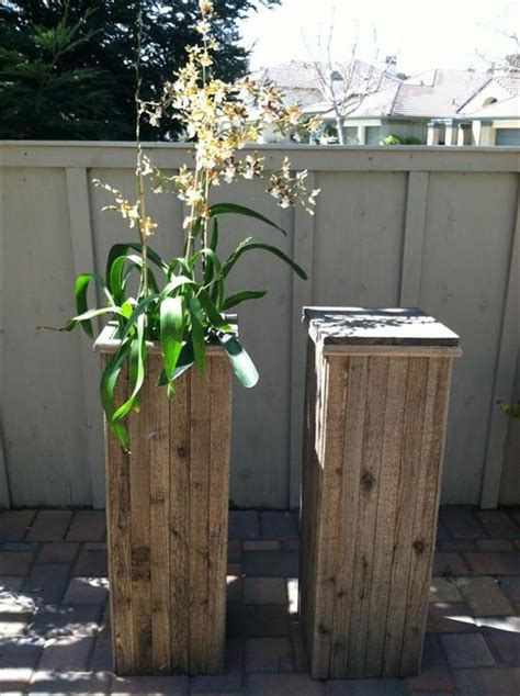 diy plant stand  pallet wood pallets designs