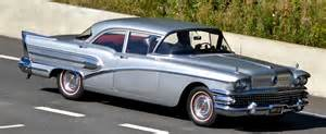 Buick Roadmaster Review Buick Roadmaster 75 Riviera Photos Reviews News Specs