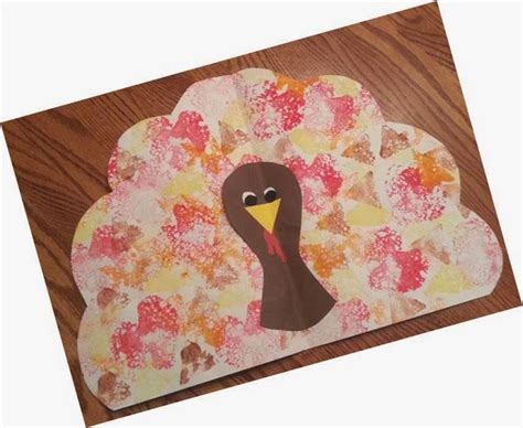 thanksgiving placemat craft for turkey place mat idea for thanksgiving freebie new
