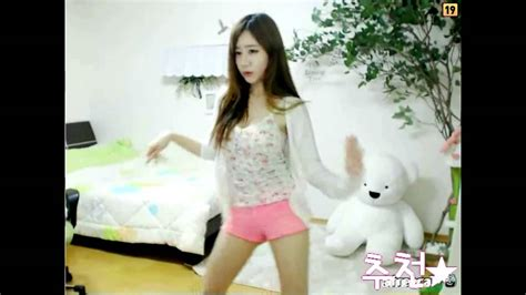 hot korean themes korean dance lee young hyun little too far away from me