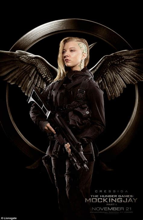 mockingjay natalie dormer liam hemsworth and natalie dormer in new posters for