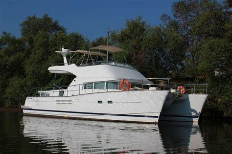 yacht goa goa luxury yacht hire yacht party cruise photo shoot