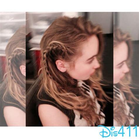hair show in te sabrina carpenter girl meets world hairstyles photo