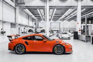 Porsche Gt3rs 991 Porsche 911 Gt3 Rs 2015 Review By Car Magazine