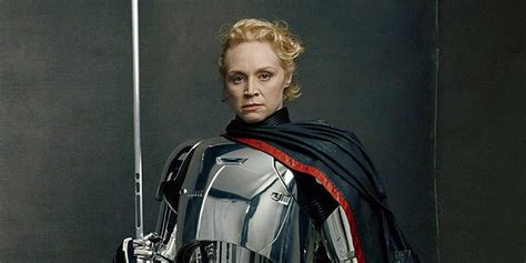 gwendoline christie is a commanding star wars the last jedi wasted phasma screen rant