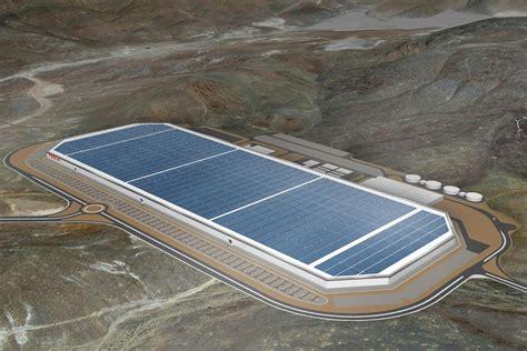 Tesla Battery Manufacturer The Nevada Sun Will Power Tesla S Gigafactory