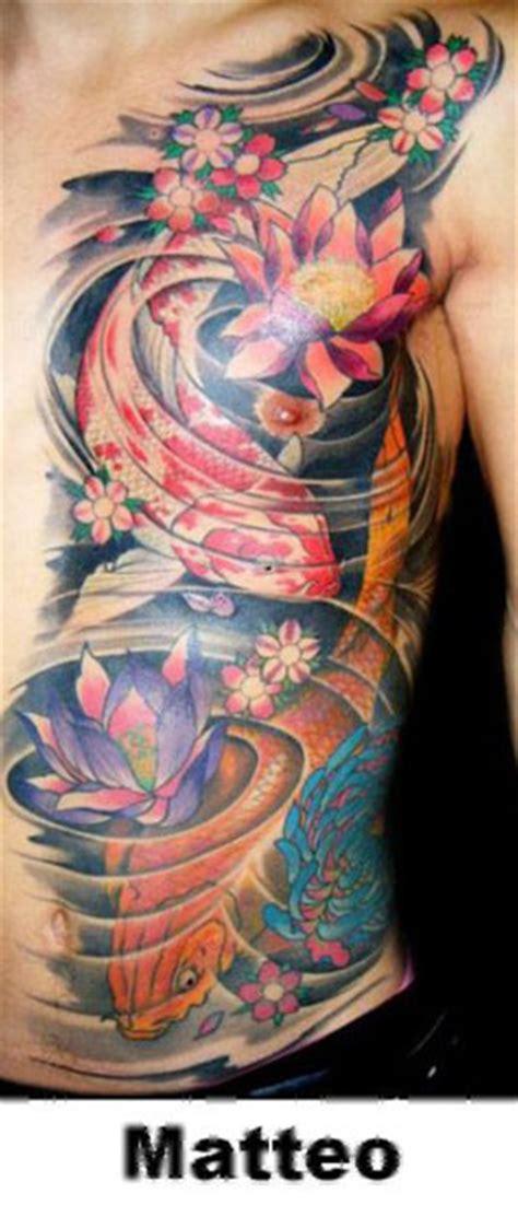 tatuaggio fianco fiori tatuaggi carpa by exodus