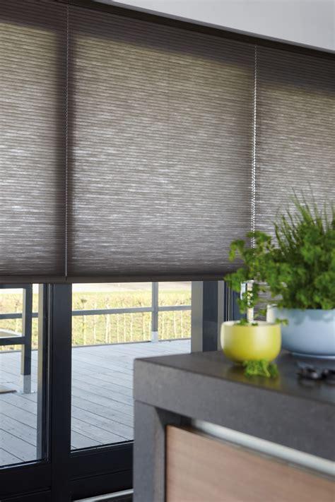 plisse gordijnen isolatie vloeren en raambekleding vesta