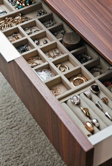 Diy Jewelry Drawer by Best 25 Jewelry Drawer Ideas On Diy Jewellery Drawer Closet Drawer Organizer And