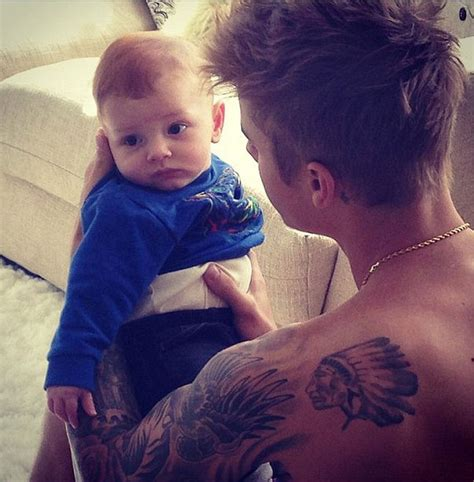 justin bieber baby biography cute overloaded justin bieber holding a baby toddler