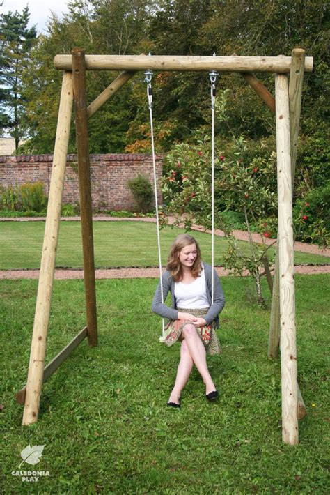 swing como best 25 wooden garden swing ideas on big