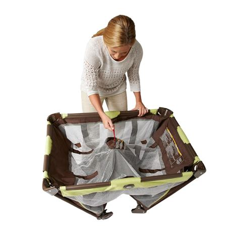 playard bassinet playpen changing table portable travel