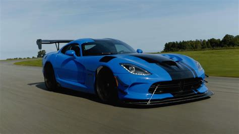 Auto Viper by The Dodge Viper Acr Is The Usa At Its Finest Roadshow
