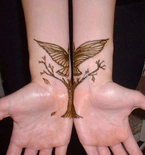 henna tattoos on your wrist beautiful henna designs for your wrist