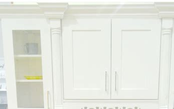 white shaker kitchen cabinets click below for larger ice white shaker kitchen cabinets