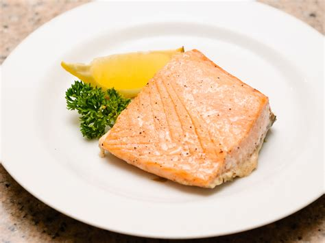 I How To Cook 3 ways to cook frozen salmon wikihow