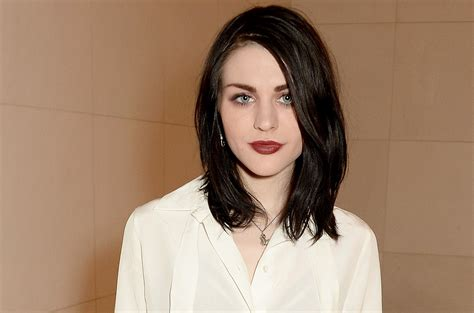 Frances Bean by Frances Bean Cobain Height Weight Age Bio Stats