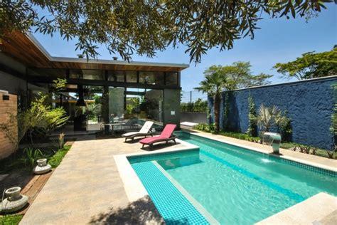 Moderne Gartengestaltung Mit Pool by Garten Mit Pool 90 Bilder Und Inspirierende Beispiele