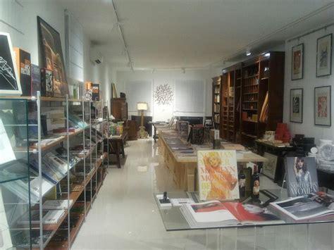 libreria cocco cagliari libreria cagliari arredamento ufficio mobili cagliari