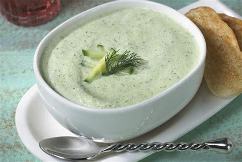 sopa fr 237 a de pepino comer por un ri 241 243 n
