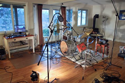 best room mics for drums how to record a kick drum audio exles and tutorial