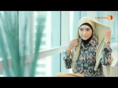tutorial memakai jilbab pashmina youtube tutorial cara memakai jilbab pashmina glitter untuk wisuda